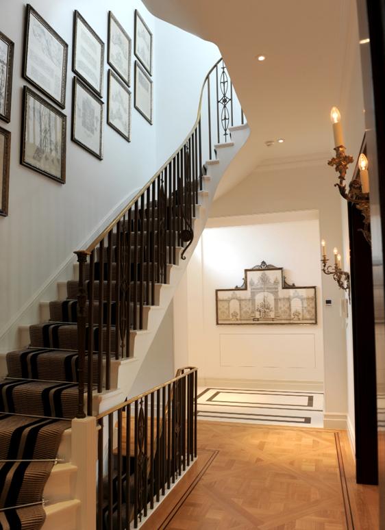 102Ham-10-Staircase