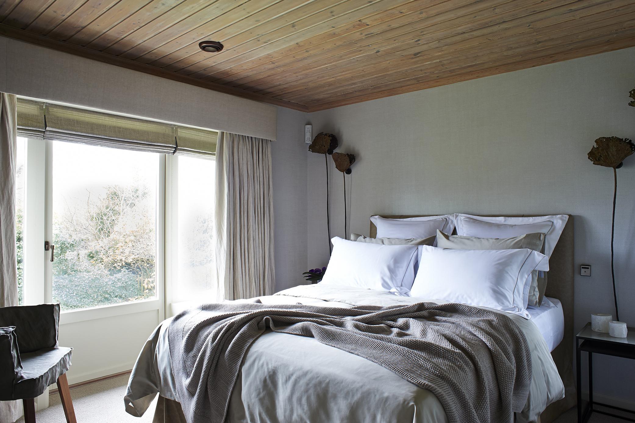 PC 36 Giest Bedroom Wide 1